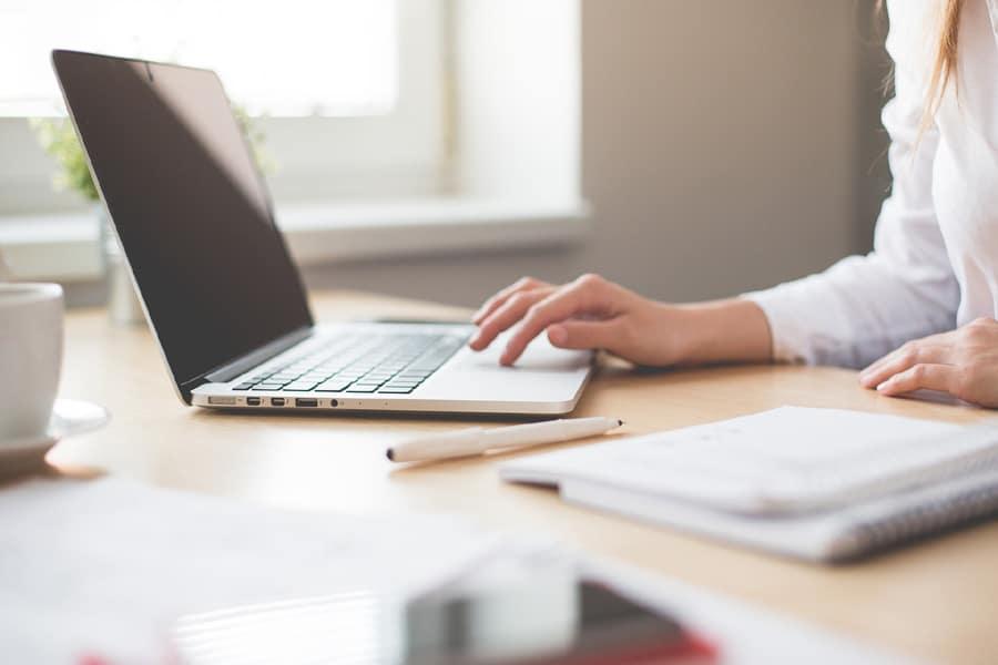 Arbeiten im Home-Office - So schaffen Sie sich ein professionelles Arbeitsumfeld auch von Zuhause