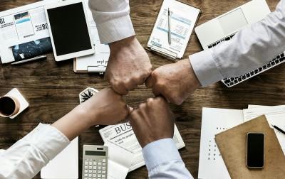 Wie Du ohne Branchenkenntnisse ein Unternehmen gründest